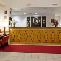 Grandstay Hotel Appleton - Fox River Mall Front Desk