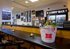 阿普爾頓- 福克斯河商城格蘭德斯黛酒店 - 阿普爾頓 - 酒吧