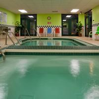 Grandstay Hotel Appleton - Fox River Mall Pool view
