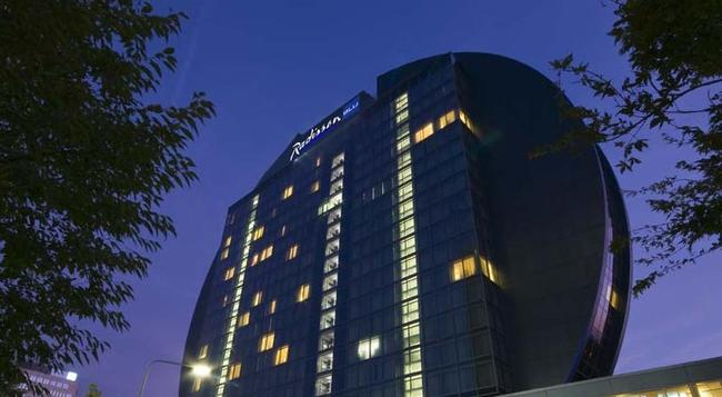 Radisson Blu Hotel, Frankfurt am Main - 法蘭克福 - 建築