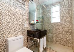 L酒店 - 邁阿密海灘 - 浴室