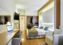 THB洛斯莫利諾斯典雅酒店 - 伊維薩鎮 - 臥室