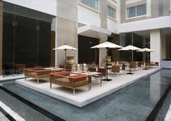 曼谷萬怡酒店 - 曼谷 - 餐廳