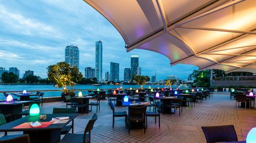 橡樹河畔曼谷酒店 - 曼谷 - 餐廳