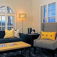 Hotel Marisol Coronado Living Area