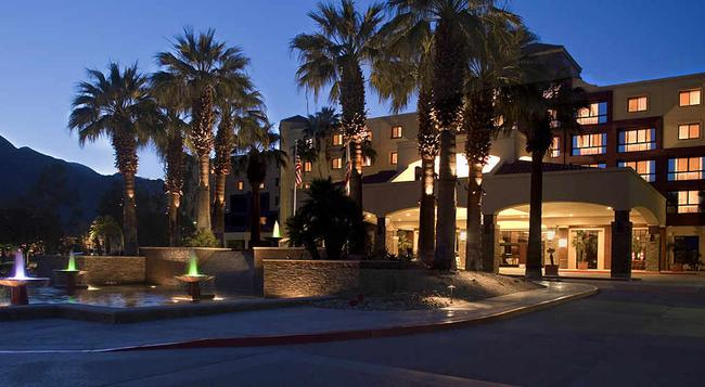Renaissance Palm Springs Hotel - Palm Springs - 建築