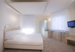 威尼西亞宮殿酒店 - 羅馬 - 臥室