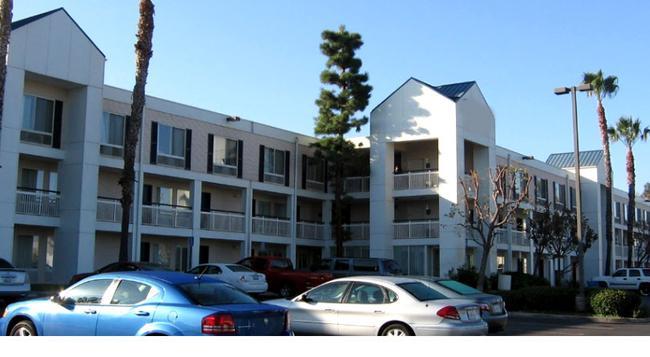 Quality Inn Placentia Anaheim - 普拉森舍 - 建築