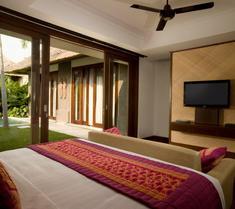 瑪哈吉瑞薩努爾別墅酒店