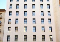 穆列塔酒店 - 洛格羅尼奧 - 建築