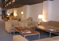 穆列塔酒店 - 洛格羅尼奧 - 大廳