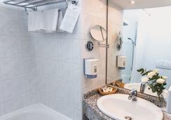 丹比烏斯阿瑞納酒店 - 布達佩斯 - 浴室