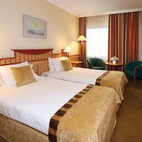 Danubius Hotel Helia Guestroom
