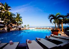 科斯塔蘇爾Spa及度假酒店 - 巴亞爾塔港 - 游泳池