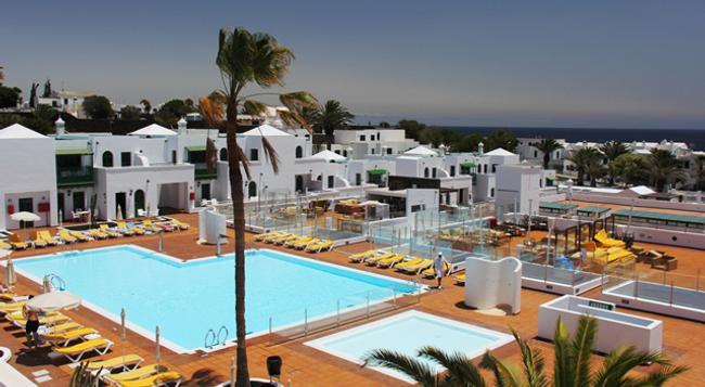 Gloria Izaro Club Hotel - Puerto del Carmen - 游泳池
