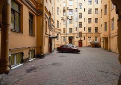 Avenue Hotel - 聖彼得堡 - 室外景