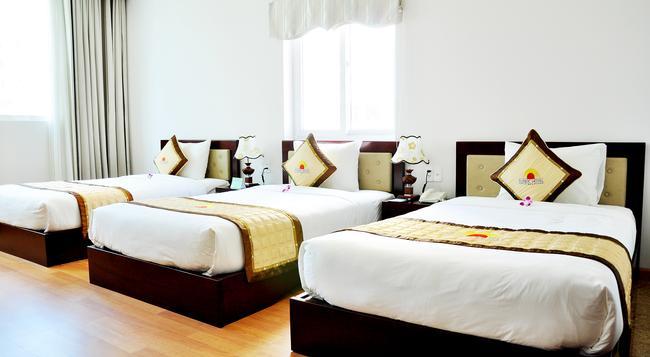 Sea Castle 2 Hotel - 峴港 - 臥室