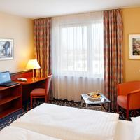Ramada Europa Hannover Guest Room
