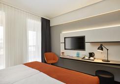 漢堡海波龍酒店 - 漢堡 - 臥室