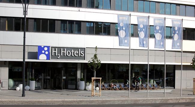 H2 Hotel Berlin-Alexanderplatz - 柏林 - 建築
