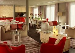 德勒斯登加堡瑞士酒店 - 德累斯頓 - 餐廳