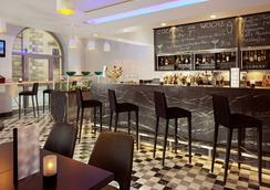 德勒斯登加堡瑞士酒店 - 德累斯頓 - 酒吧