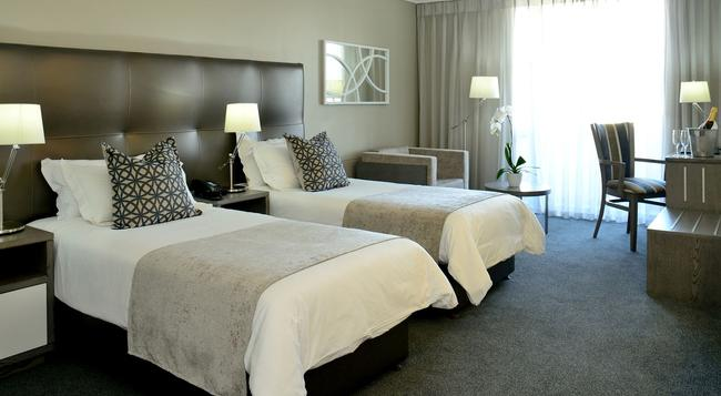 Lagoon Beach Hotel - 開普敦 - 臥室