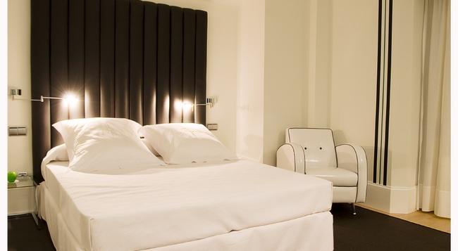 Mariposa Hotel Malaga - 馬拉加 - 臥室