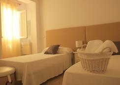 馬貝拉室內旅館 - 馬貝拉 - 浴室