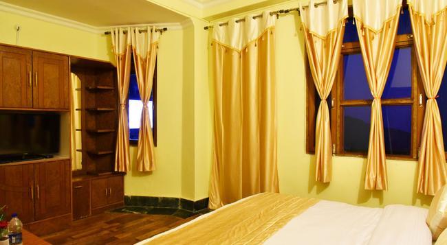 New Varuni House - 達蘭薩拉 - 臥室