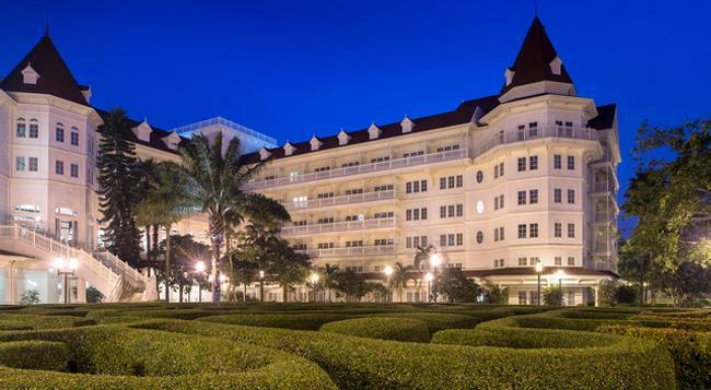 Hong Kong Disneyland Hotel - 香港 - 建築