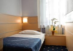 諾芙羅西酒店 - 維羅納 - 臥室