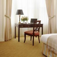 Hotel Drisco Guestroom