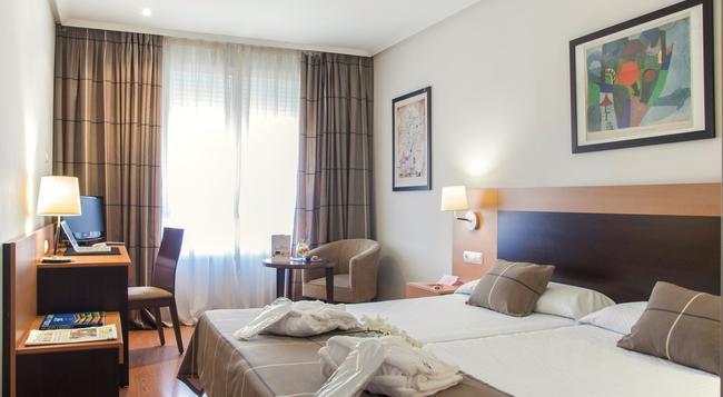 Hotel Infantas de León - 萊昂 - 臥室