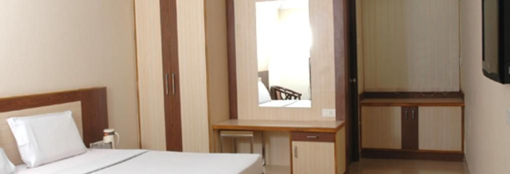 Hotel Sri Sai Regency - 海得拉巴 - 臥室