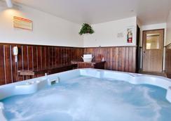 Fairbridge Inn & Suites Sandpoint - Sandpoint - 健身房