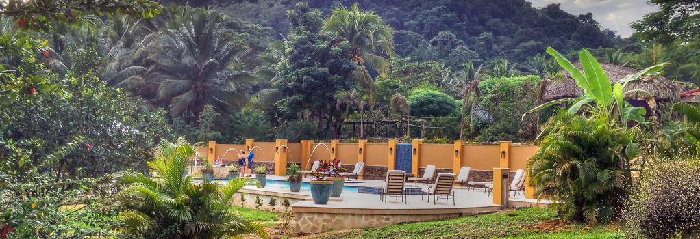 Sleeping Giant Rainforest Lodge - 貝爾墨邦 - 建築