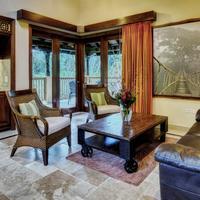Sleeping Giant Rainforest Lodge Guestroom