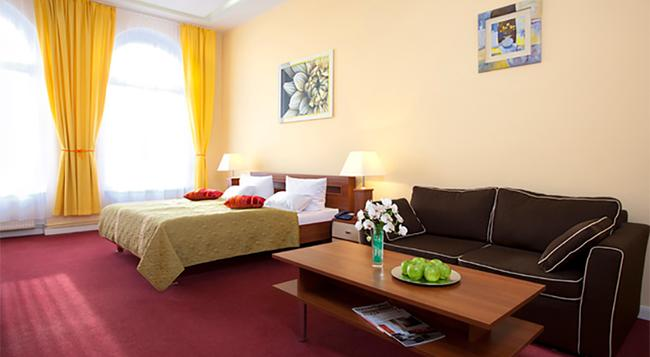 Hotel Abendstern - 柏林 - 臥室