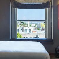 Andaz San Diego Guestroom