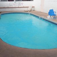 Red Roof Inn Kingman Outdoor Pool