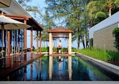 普吉島格蘭德西沙度假村 - Mai Khao - 休閒室