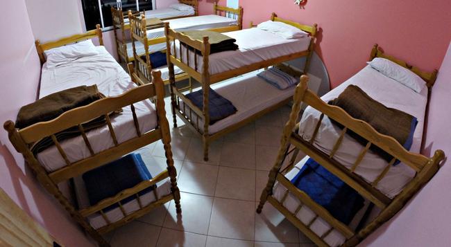 Hostel Saint Patricks - 福斯的伊瓜蘇 - 臥室