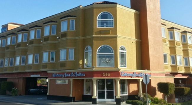 Gateway Inn and Suites Hotel - San Bruno - 建築