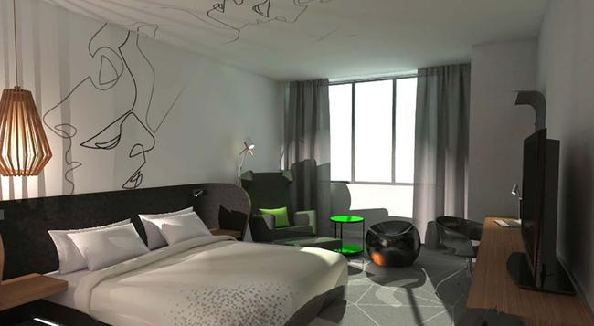 Renaissance Montreal Downtown Hotel - Montreal - 臥室