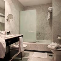 Hotel Nuevo Boston Bathroom