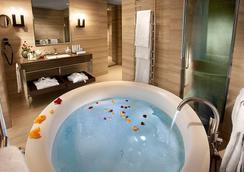 卡沃爾酒店 - 米蘭 - 浴室