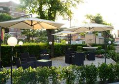 迪瑞沃龍門塔拉酒店 - 羅馬 - 室外景