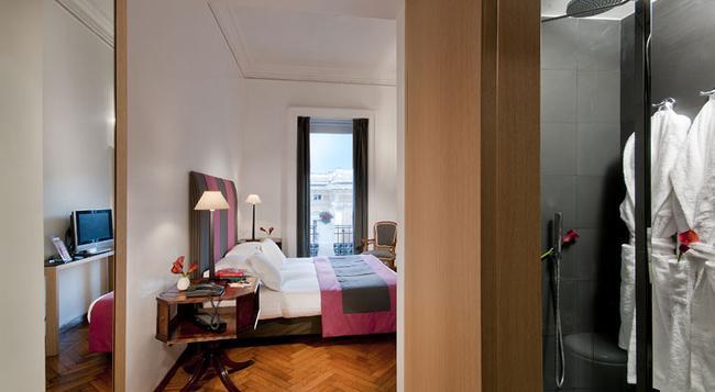 Hotel Alpi - 羅馬 - 臥室