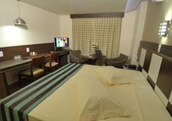Hotel Maestro Premium Cascavel - 卡斯卡韋爾 - 臥室